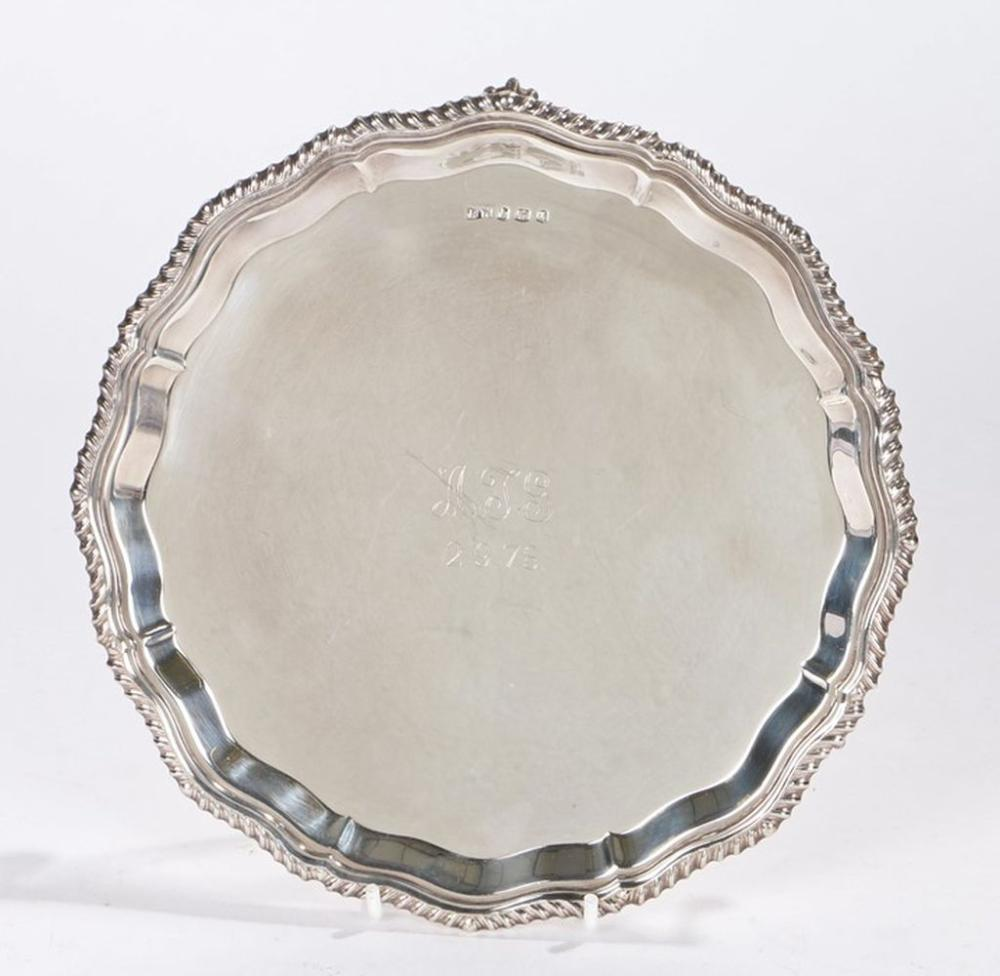 Elizabeth II silver salver, Sheffield 1973, maker BD, with gadrooned border, the central field engra