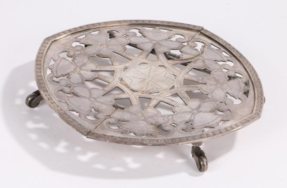 Officers Mess style silver plated table coaster, with pierced stylised foliate decoration and telesc