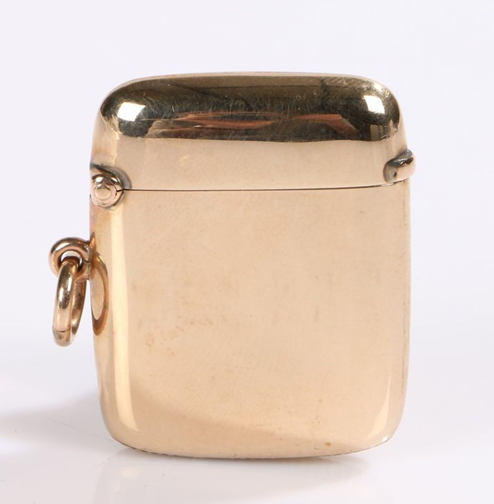 Victorian 9 carat gold vesta case, Chester 1898, maker William Neale, with ring finial and striker t