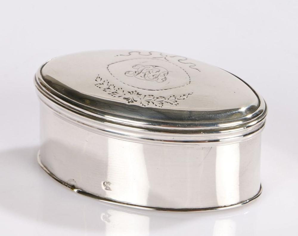 George III silver nutmeg grater, London 1792, maker Thomas Phipps & Edward Robinson, of oval form, t