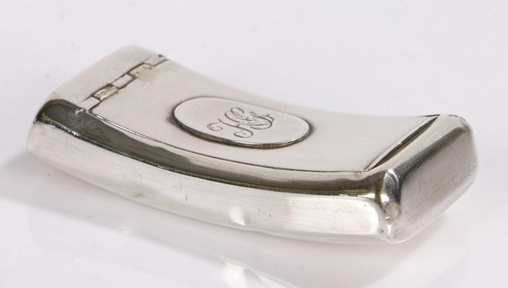 George III silver snuff box, Birmingham 1805, maker Samuel Pemberton, of curved form, the flush fitt