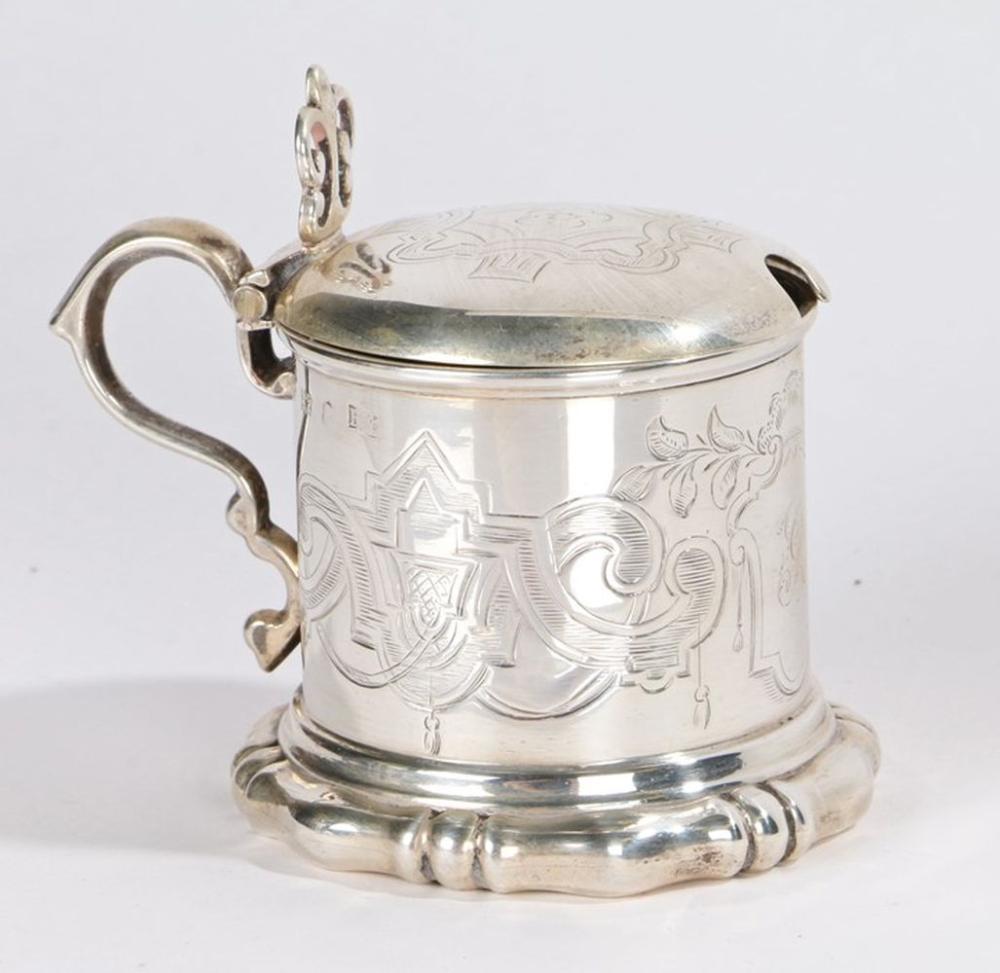 Victorian silver mustard pot, Sheffield 1848, maker Henry Wilkinson & Co, with pierced scroll decora