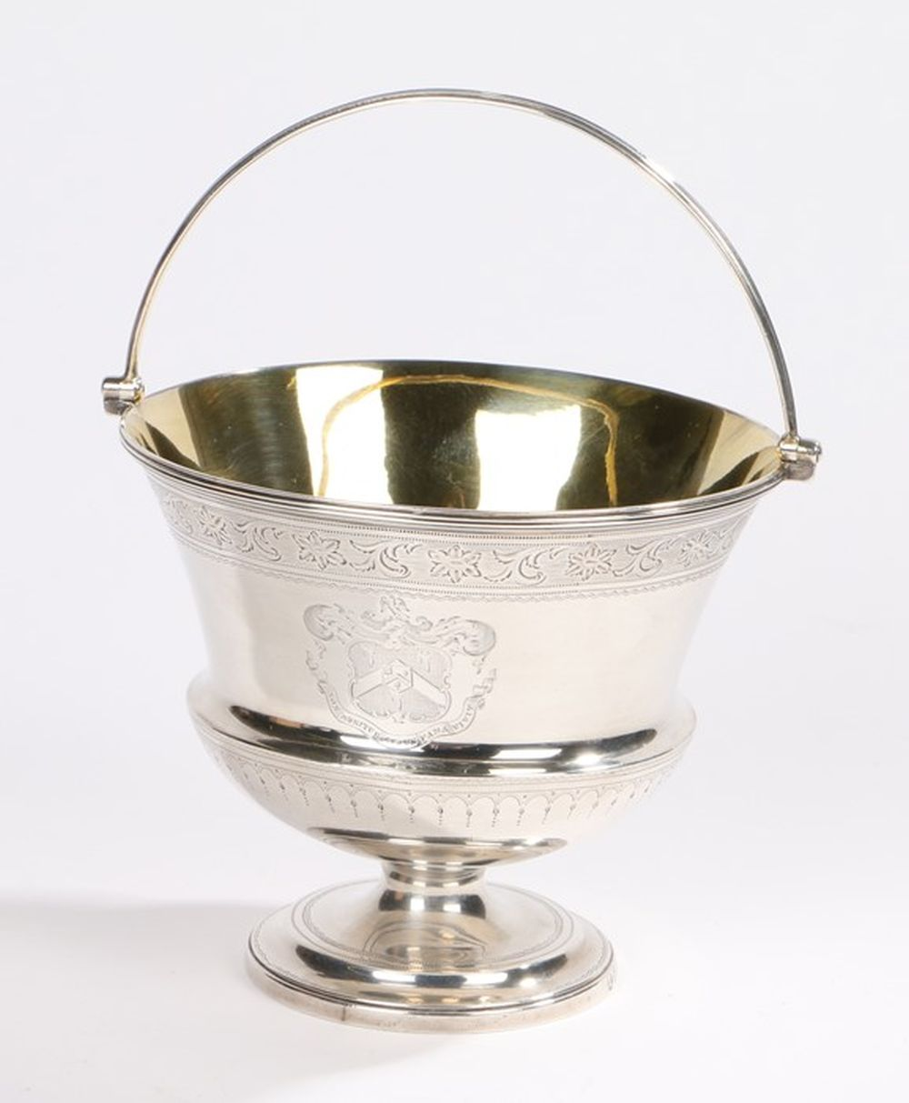 Georgian III silver bowl, London 1791, makers marks rubbed, with reeded swing handle, gilt interior,