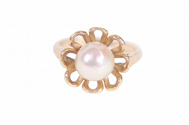 VINTAGE NATURAL PEARL RING