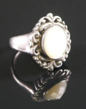 STERLING SILVER FACETED MOP RING