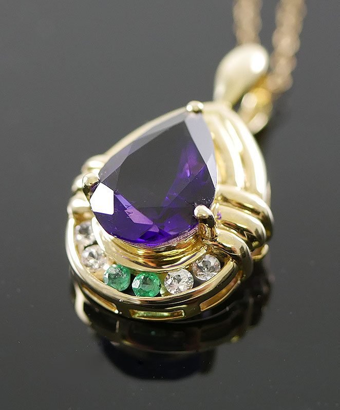 14K NECKLACE - AMETHYST AND EMERALD PENDANT