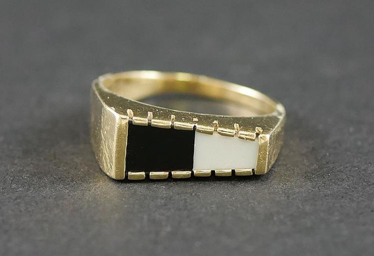 14K WHITE- BLACK RING