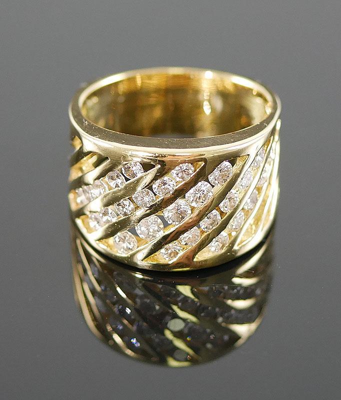 18K YELLOW GOLD DIAMOND RING 1 CARAT