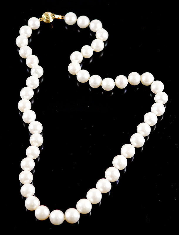 14K PEARL NECKLACE 8MM PEARLS