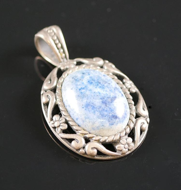 CAROLYN POLLACK STERLING SODALITE PENDANT