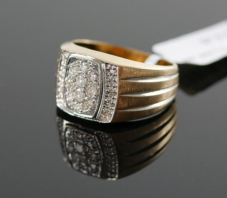 MANS 10K DIAMOND RING