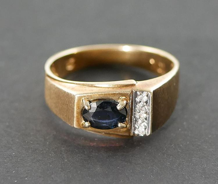 10K MANS DIAMOND AND SAPPHIRE RING