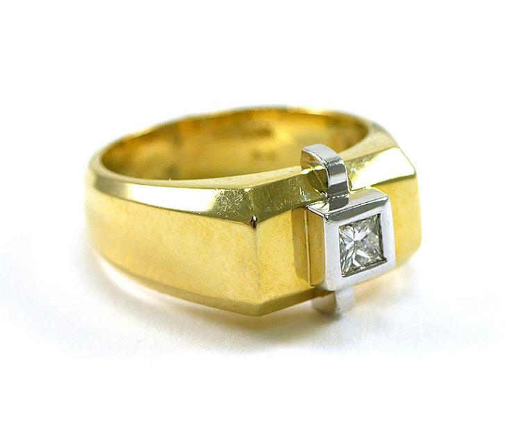MANS 14K PRINCESS CUT DIAMOND RING