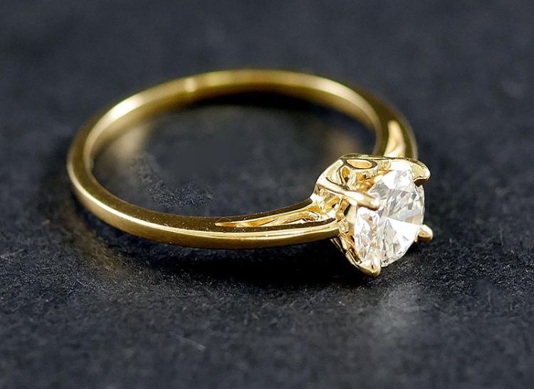 14K DIAMOND SOLITAIRE RING 3/4 CARAT