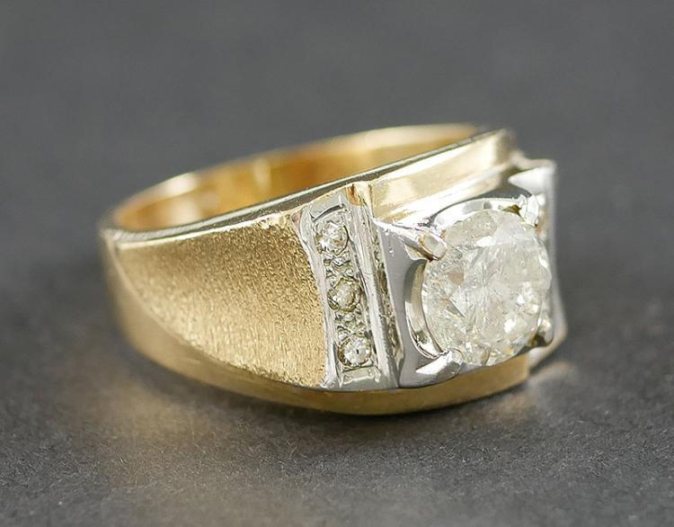 MANS 2.15 CARAT DIAMOND CENTER IN 14K