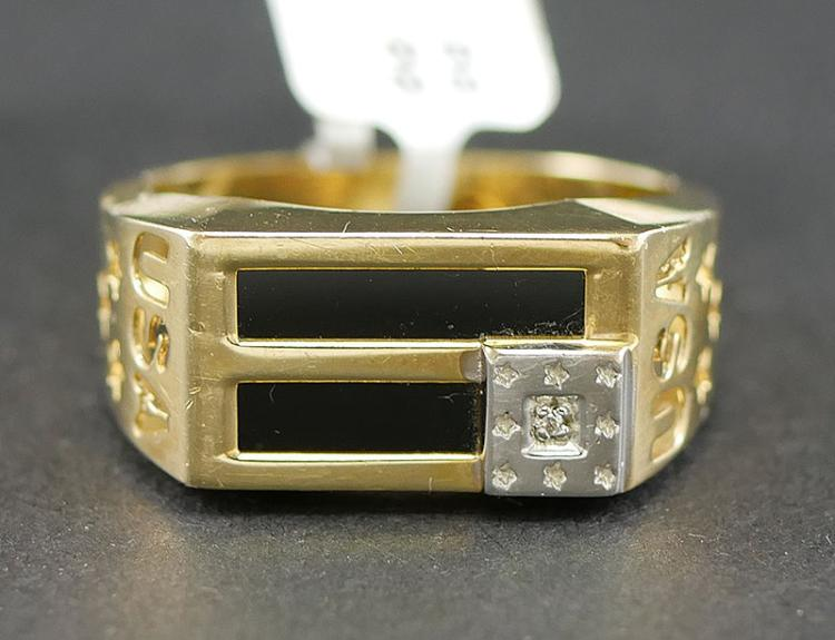 14K DIAMOND AND ONYX U.S.A. RING