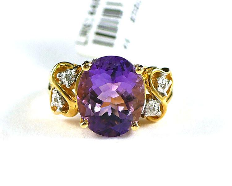 14K AMETHYST AND DIAMOND RING