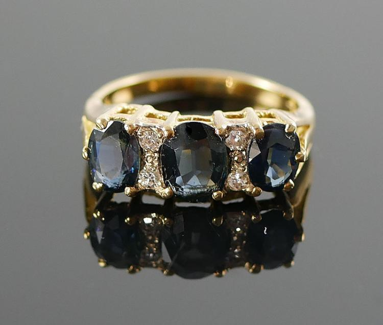 18K YG SAPPHIRE AND DIAMOND RING