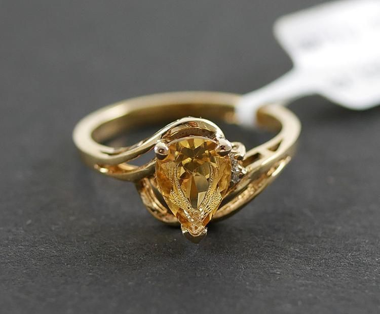 10K DIAMOND AND CITRINE RING