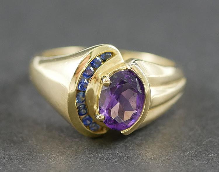 10K AMETHYST AND SAPPHIRE RING