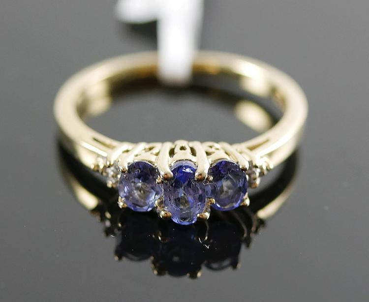 10K YG TANZANITE AND DIAMOND RING