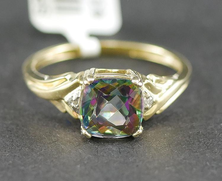 14K YG GEM STONE AND DIAMOND RING