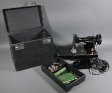 SINGER FEATHERWEIGHT 221 Sewing Machine 1948