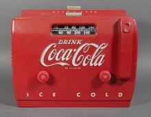 Vintage 1940s Coca Cola Cooler Tube AM Radio