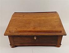 Tisch-Schreibpult/Table Bureau - wohl deutsch,Mitte 19.Jh.,abgeschrägte