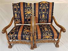 Zwei massive Armlehnstühle - Holz, Frontbeine und Armlehnen kräftig beschni
