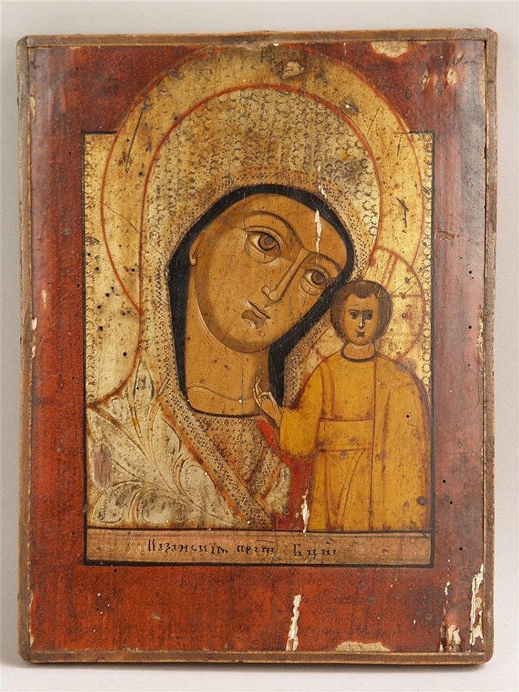 Ikone Gottesmutter von Kasan - sog. Kasanskaja Ikone, Russland, wohl 19.Jh., Eitempera auf Holz, Muttergottes als Brustfigur, den Kopf zur Linken geneigt, ohne sichtbare Hände, das Kind stehend frontal dargestellt, die rechte Hand im Segensgestus