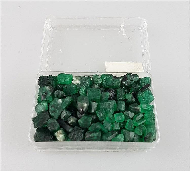 Konvolut Smaragde - lose, diverse Größen und Formen,Gewicht zusammen ca.40g