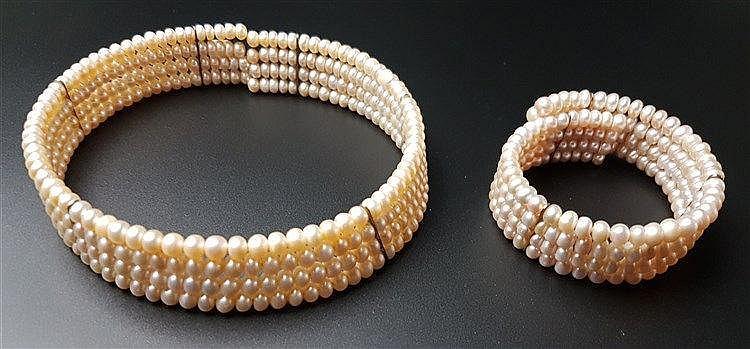 Perlen-Choker und -Armreif - roséfarbene Perlen, vierreihig, Armreif D.ca.6cm, Choker D.ca.11cm