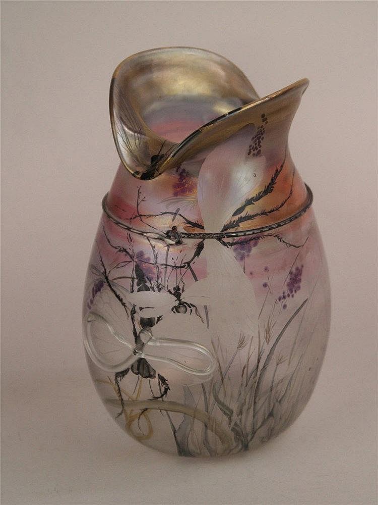 Vase - signiert Eisch, polychrom bemalt, Schmetterlingsdekor, H.ca.20cm