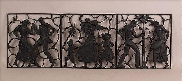 Konvolut Eisenkunstgüsse- 3-tlg., signiert Buderus, durchbrochen gearbeitete Darstellungen, ''Tanzpaar'', ''Mutter mit drei Kindern'', ''Bauernpaar unter einem Baum'' je.ca.30x30cm