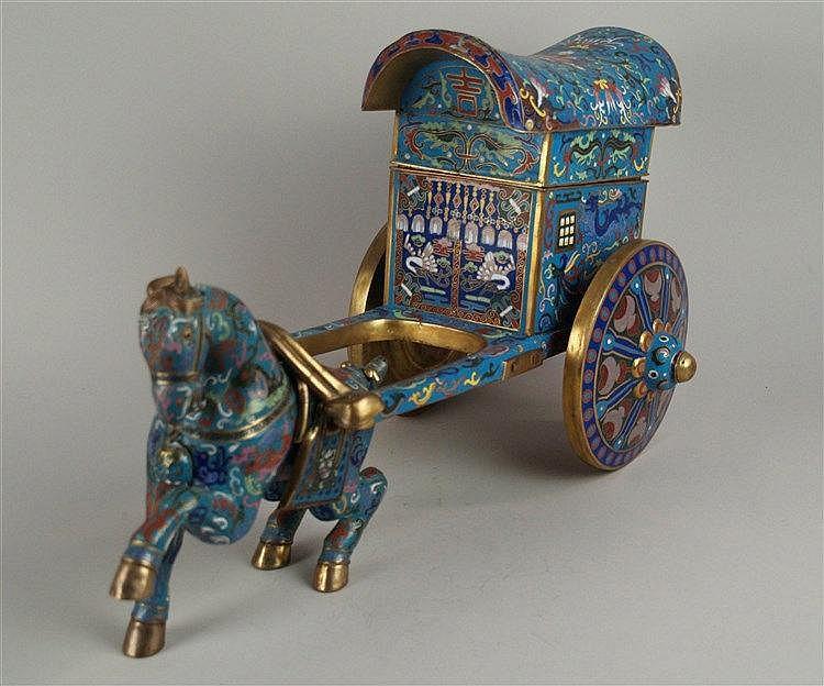 Figur ''Pferd mit zweirädrigem Wagen'' - China 20.Jh.,Cloisonné-Emaille,Dach und Sattel abnehmbar,H./L.Pferd: ca.25/29cm Wagen:ca.30/40cm,kl.Beschädigungen