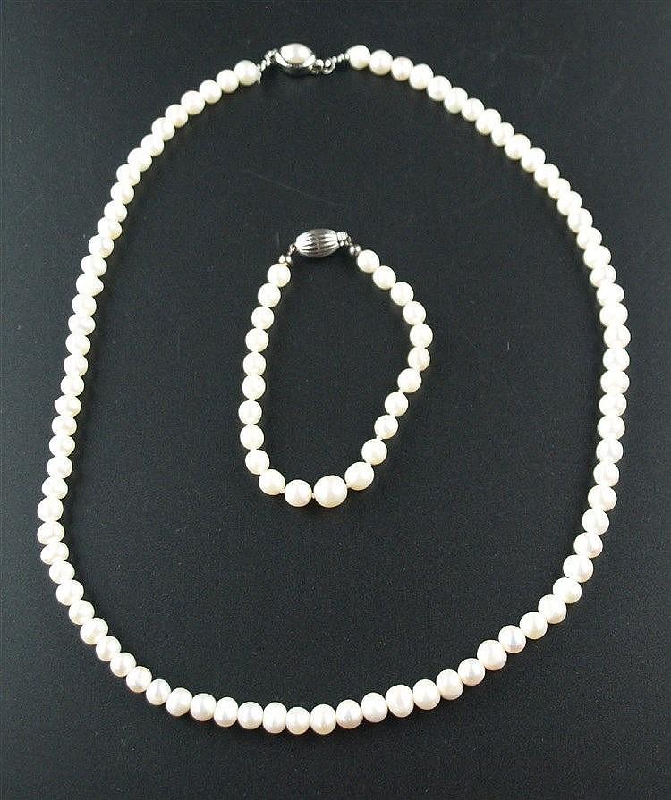Perlenkette - unregelmäßige Perlen, Metallverschluss mit Perlenbesatz, L ca.50 cm,Perlenarmband mit WG 333-Verschluss,Länge ca. 17 cm
