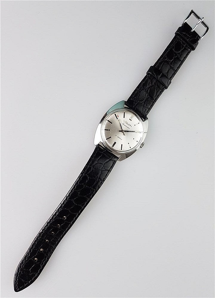 Herrenarmbanduhr- FELCA Skymaster, Gehäuse Edelstahl, schwarzes Lederarmband, 17 Jewels, Vintage 1971 - 83, Durchmesser ca. 34 mm, lief bei Katalogisierung