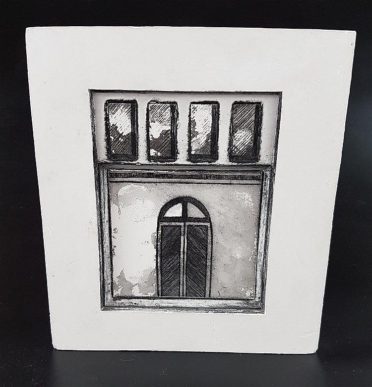 Heine, Uta - Fenster und Eingangstür in Gips gegossen, schwarz/weiß, sign., dat.1990, ca.19x16cm