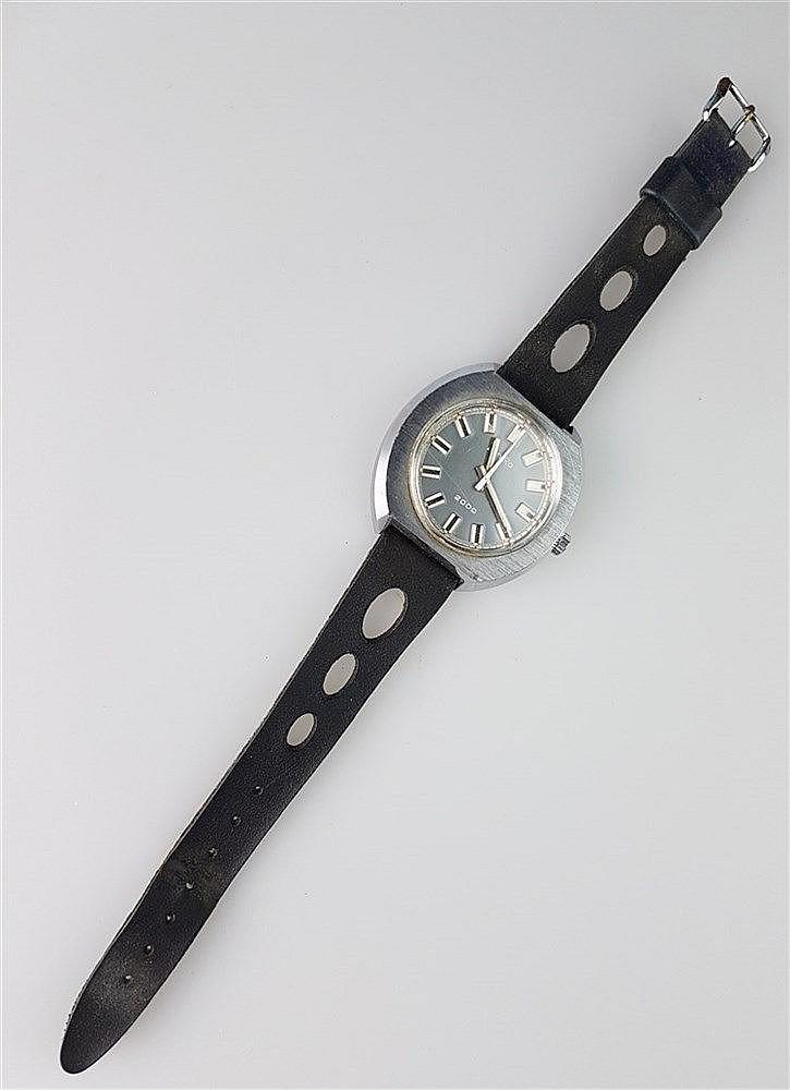 Herrenarmbanduhr- ZentRa 2000, Gehäuse Edelstahl,schwarzes Lederarmband, Durchmesser ca. 40 mm, lief bei Katalogisierung
