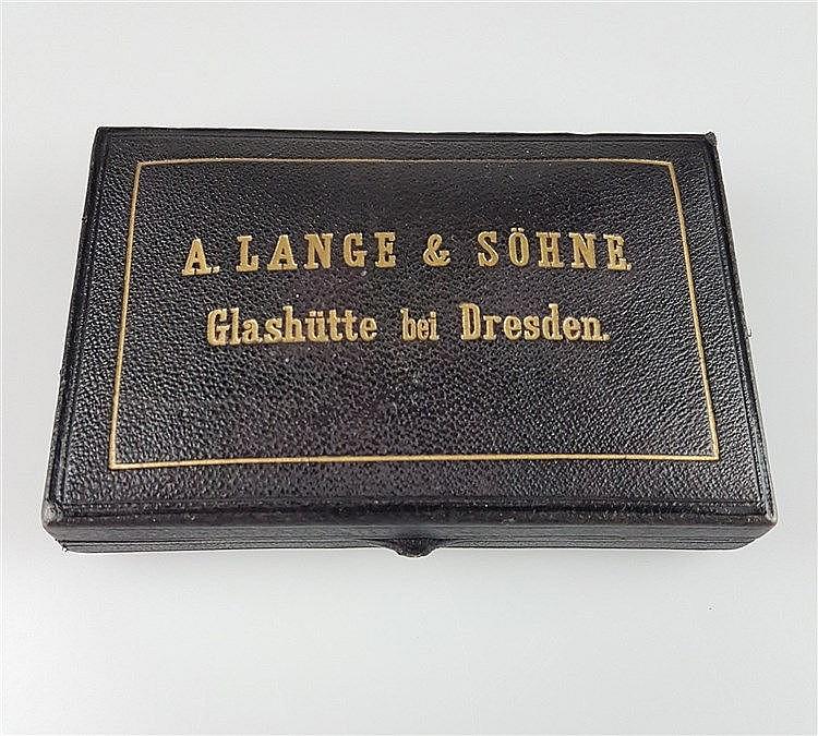 Uhrenkasten für Damentaschenuhr- orig. A.Lange&S;öhne, ca.12x8cm, D.ca.37mm