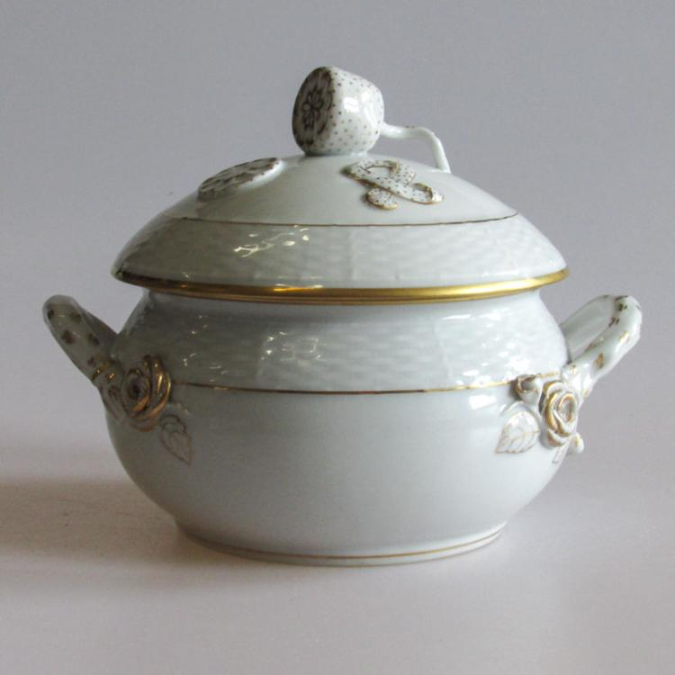 A Herend Golden Edge Porcelain Tureen with Lemon Finial Lid, Early Mark