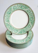 A Set of 8 Wedgwood Porcelain Luncheon Plates, Praze-Green Pattern