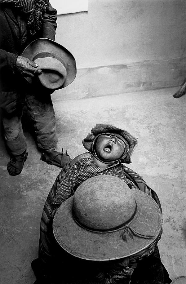 Ferdinando Scianna (b.1943). Kormi, Bolivia, 1986.