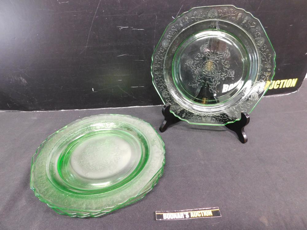 Lot of 4 Green Depression Glass Plates