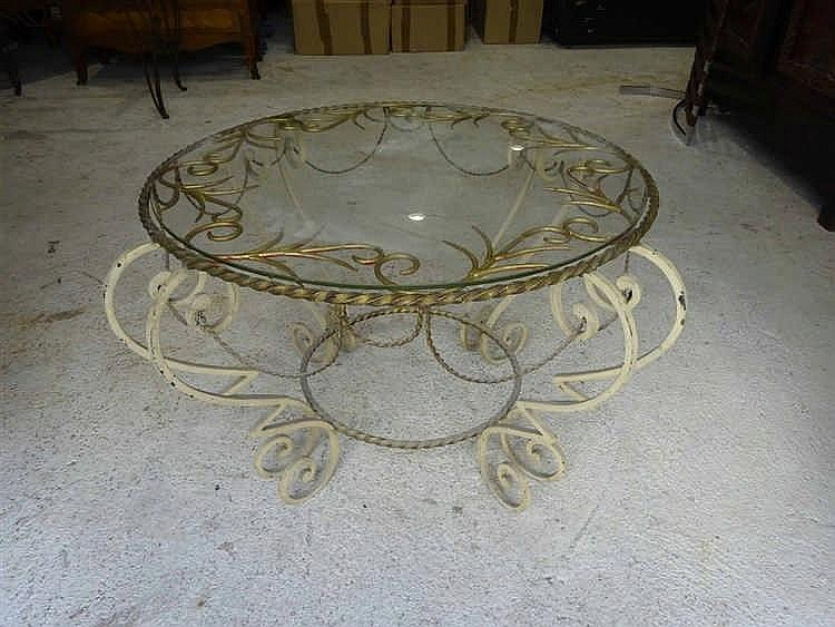 Travail fran ais des ann es 1940 table basse en fer forg la for Table fer forge plateau verre