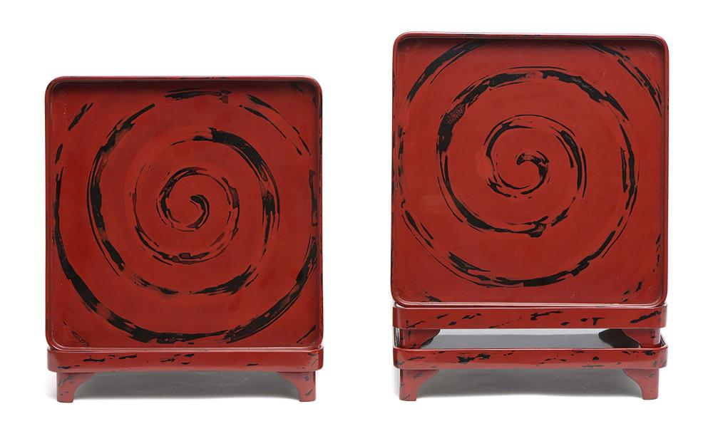 Set of 5 square low tables (zen) with rounded corners. Red and black lacque
