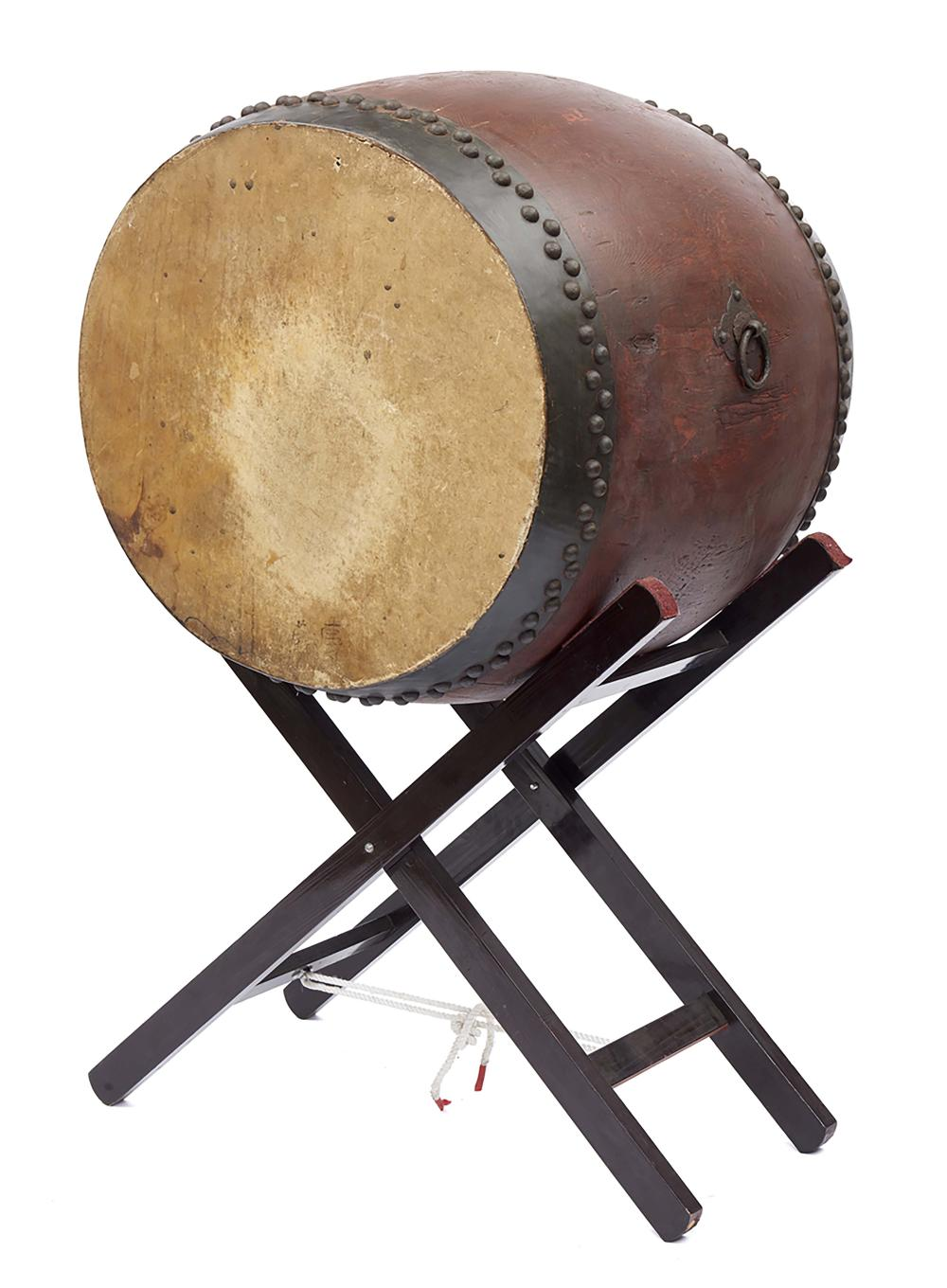 Very large keyaki-wooden taiko drum on a more recent foldable stand. Meiji