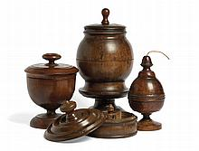 A WOODEN SPICE BOX 18th Century