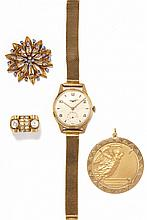YELLOW GOLD LOT WITH A WATCH